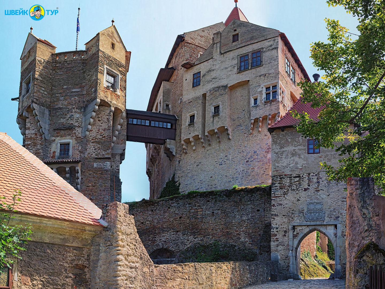 МОРАВСКИЙ КРАС + замок Пернштэйн Швейк тур