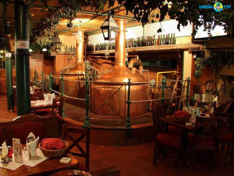 Новогодний вечер в ресторане Novomestsky pivovar Швейк Тур
